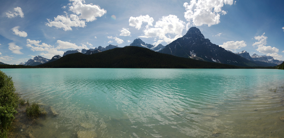 Icefields Parkway   Waterfowl Lake Panorama thumb